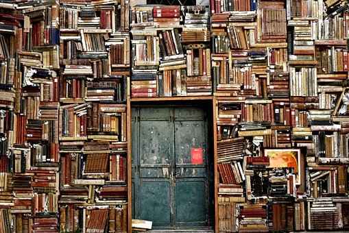 books-1655783__340